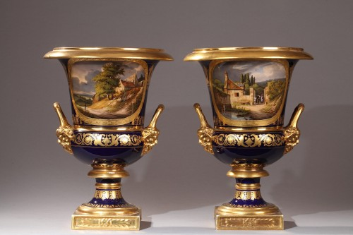 Pair of Medici porcelain vases - Paris Manufacture of Darte, early 19th century - Porcelain & Faience Style