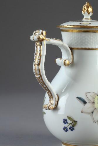 18th century - Jug, porcelain of Meissen 1740 - 1745