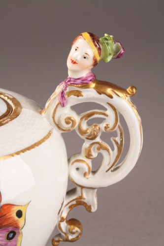 Porcelain & Faience  - Teapot, porcelain of Meissen shaded period 1740 - 1745