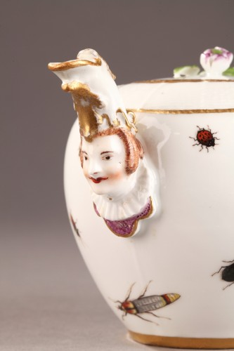 18th century - Teapot, porcelain of Meissen shaded period 1740 - 1745