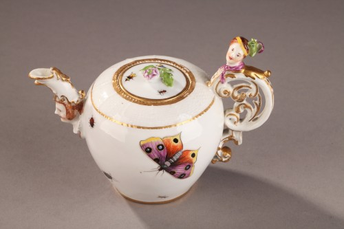 Antiquités - Teapot, porcelain of Meissen shaded period 1740 - 1745