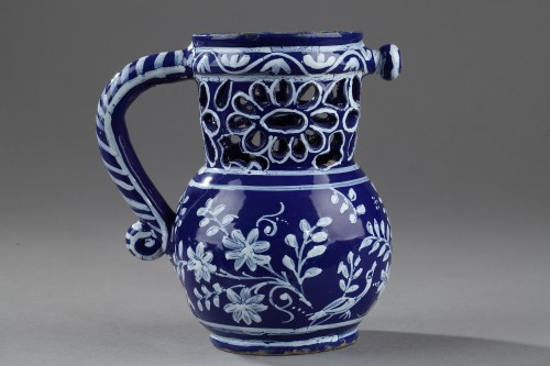 Nevers Trick jug circa 1650 - 1660 - Porcelain & Faience Style