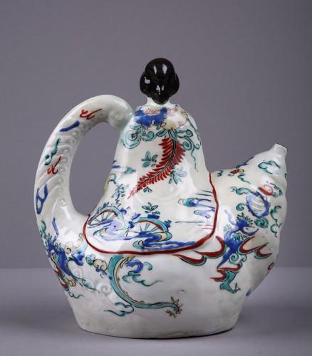 Japanese Kamiemon teapot circa 1670 - 1690 - Porcelain & Faience Style