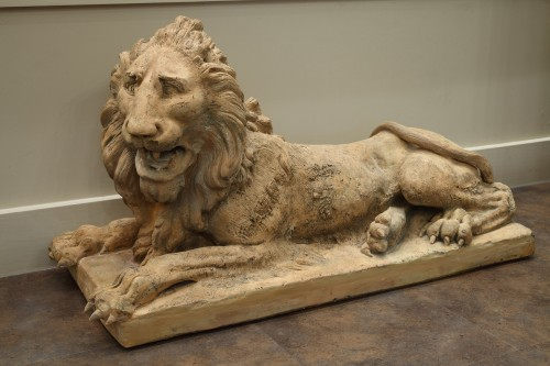 19th century - Pair of terracota lions late 18th century early 19th century