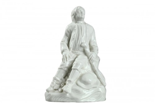 Jeune homme assis, Porcelaine tendre de Saint Cloud circa 1740