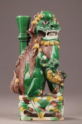 - Pair of Fo dogs, Kangxi (1662 - 1722)