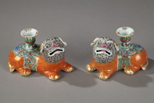 19th century - Incent stick holder in the shape of dogs. Canton 19th century