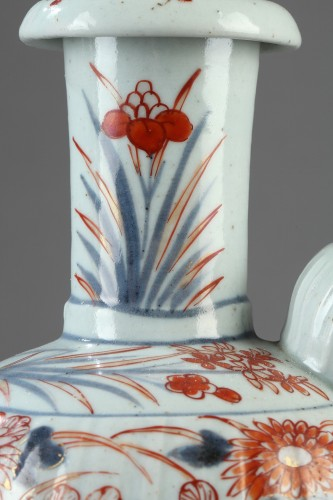 Porcelain & Faience  - JAPAN : Porcelain Kendi decorated in Imari style early 18th century