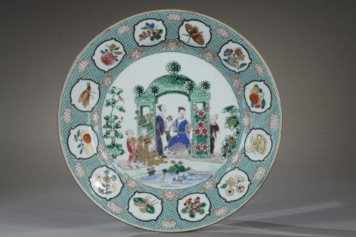 Porcelain & Faience  - Chinese dish 18th century