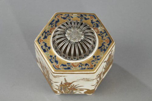Incense burner, Satsuma, Japan 19th century - Asian Art & Antiques Style