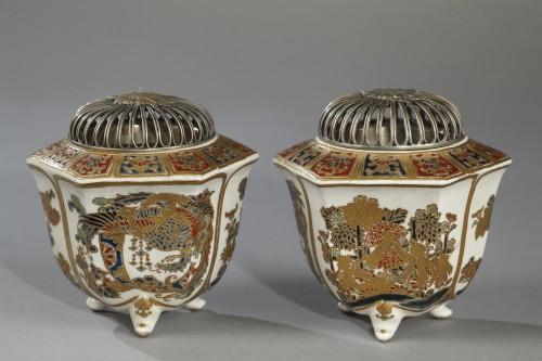 Pair of incense burners, Japan Satsuma, Meiji period (1868 - 1912) -