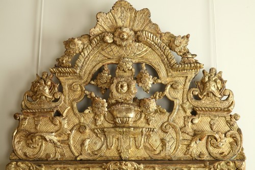 Mirrors, Trumeau  - 17th Century French Carved and Giltwood Wall Mirror