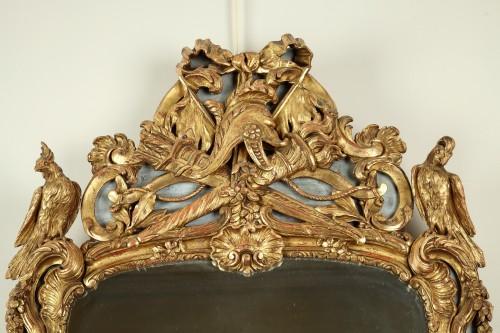 18th century - 18th century Giltwood Wall Mirror