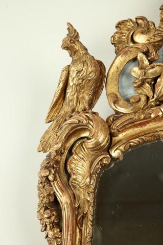 Louis XV - 18th century Giltwood Wall Mirror