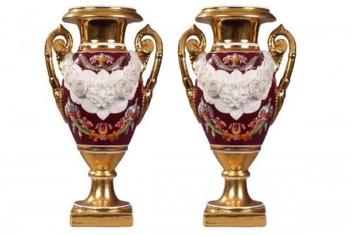 Paris Porcelaine, pair of vases circa 1810