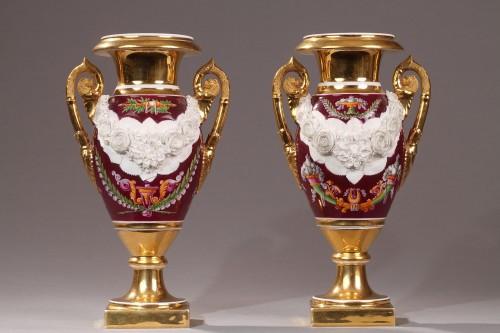 Porcelain & Faience  - Paris Porcelaine, pair of vases circa 1810