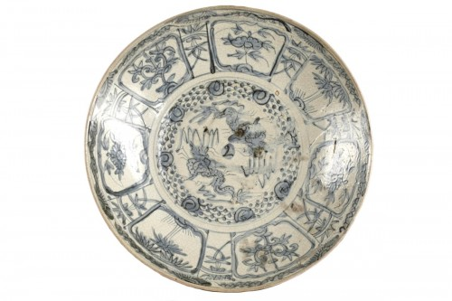 Swatow dish, China early 17th century