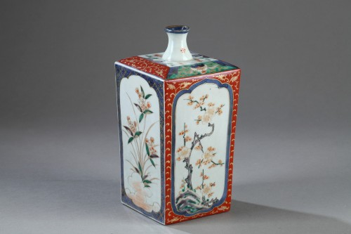 Asian Art & Antiques  - Early 18th century Japanese Sake bottle