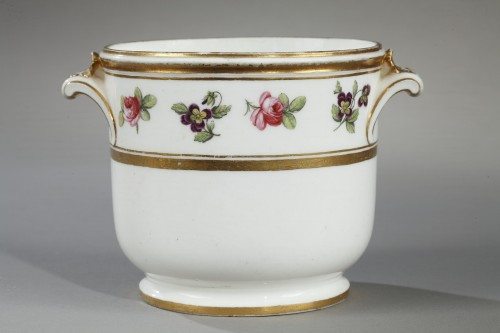 Soft paste glass cooler Sevres second half of 18th century - Porcelain & Faience Style