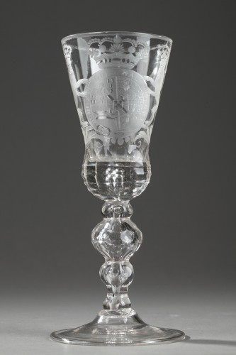 Dutch glass withe the coats of arme of William IV circa 1730 - 1750 - Glass & Crystal Style