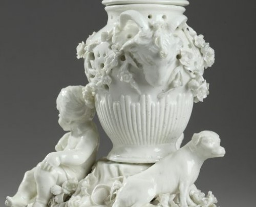 TOURNAI : Mid 18th century. Soft paste « pot pourri » -