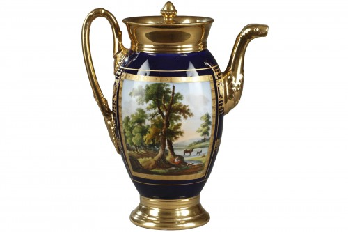 Porcelaine de Paris coffee pot, beginning of 19th century