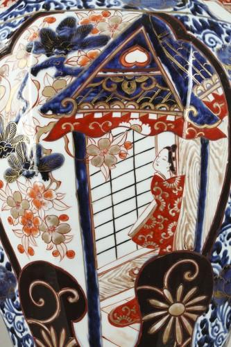 - Large japanese jar, Genroku period (1688 - 1704)