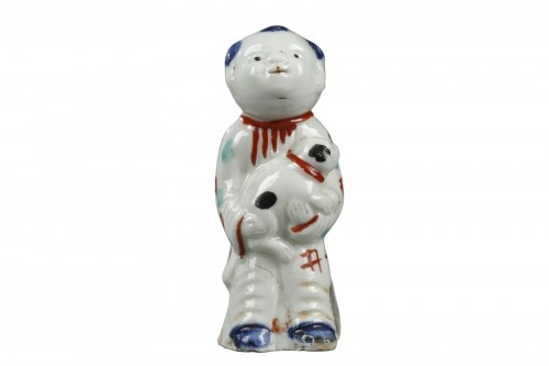 Japanese wistle in the shape of a little boy, porcelain end of 18th century