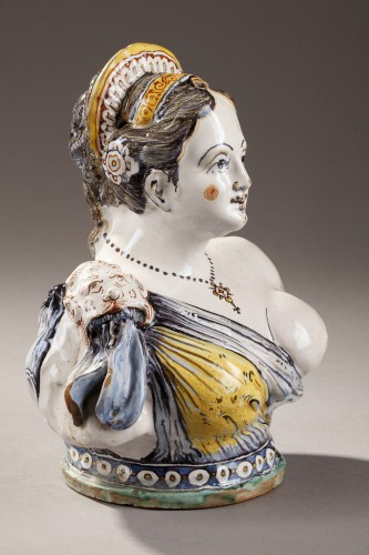 Faience Bust from Deruta, early 17th century -