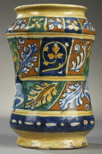 Mid 16th century Albarello, FAENZA, Italy -