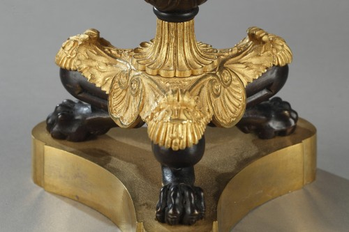 Paire of candlesticks, bronze early 19th century -