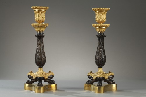 Antiquités - Paire of candlesticks, bronze early 19th century