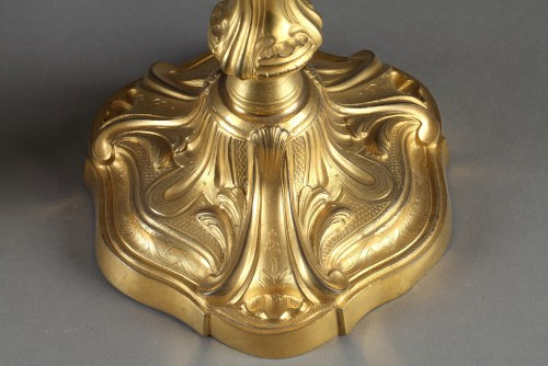 Paire of gilded bronze candlesticks, middle of 18th century - Lighting Style