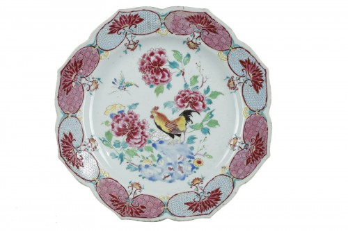 Lotus shame dish, China Yongzheng period 1723 - 1735