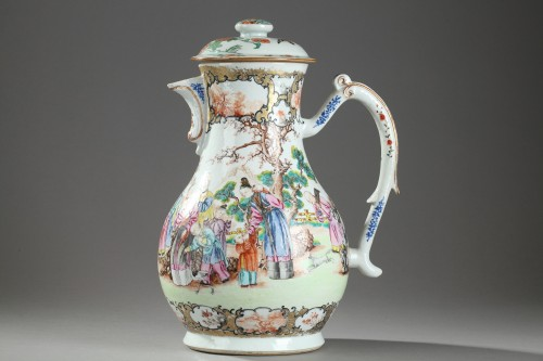 Very large ewer Exportware China Qianlong period 1736 - 1795 - Porcelain & Faience Style