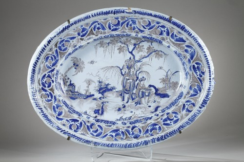 Large Nevers faience dish second half of 17th century -
