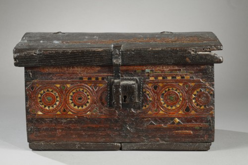- 15th century wooden box from Grenada, Spain