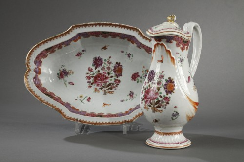 Porcelain & Faience  - 18th century ewer, chinese porcelain