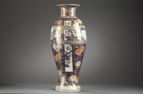 Large Japanese porcelain vase Second half of 17th century - Porcelain & Faience Style