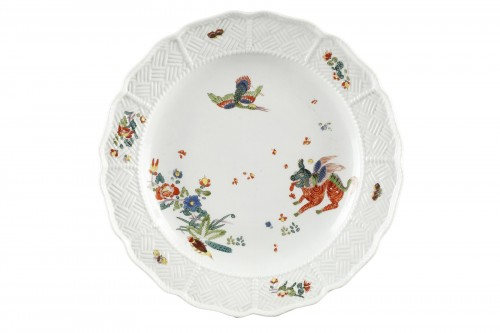 Meissen porcelain plate, Kakiemon style. Circa 1735 - 1740