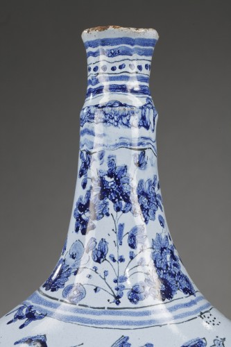 Porcelain & Faience  - Nevers faience bottle Second half of 17th century