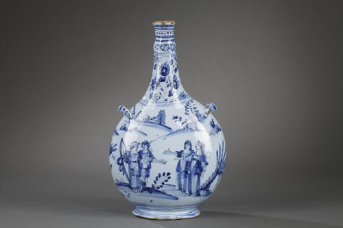 17th century - Nevers faience bottle Second half of 17th century