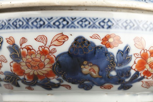 Covered bowl in chinese porcelain End of Kangxi period circa 1720 - Porcelain & Faience Style