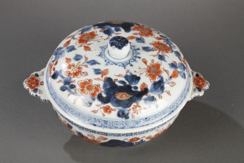 Porcelain & Faience  - Covered bowl in chinese porcelain End of Kangxi period circa 1720