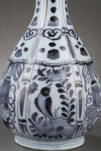 Pair of Delft Faience vases from De Grieksche A. Second half of 17th c. -