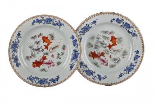 Exportware Chinese pair of plates Yongzheng 1723 - 1735