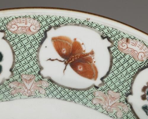 """Chinese exportware dish with a """"décor à la tonnelle"""" pattern circa 18th c. - Porcelain & Faience Style"""