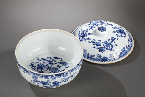 Export ware terrine, China, Qianlong 1746 - 1795 - Porcelain & Faience Style