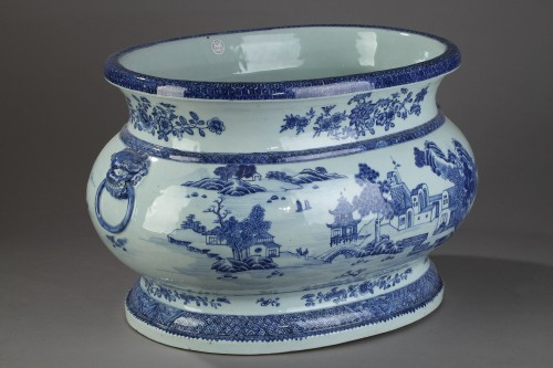 Porcelain & Faience  - Very large wine cooler, chinese porcelain, Qianlong Period 1736 - 1795