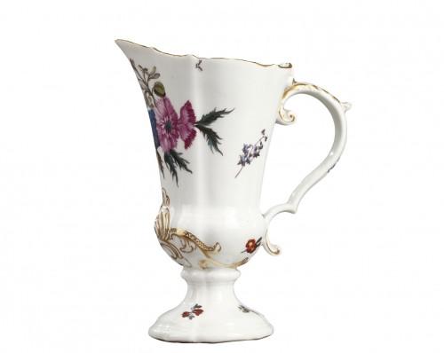 Meissen porcelain ewer Circa 1740 - 1745